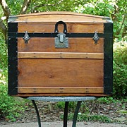 Antique Humpback Stagecoach  Restored Trunk