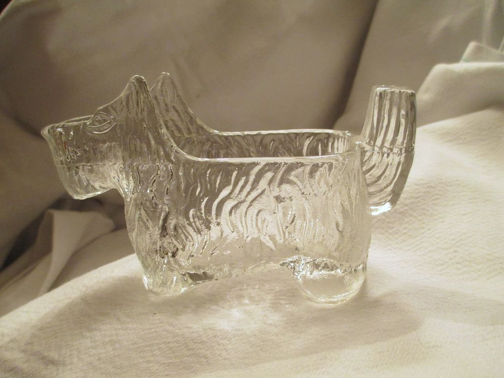 6 Scottish Terrier Glass Candy Dishes, circa 1940