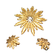 Simulated gold starburst brooch and earring set   Clip