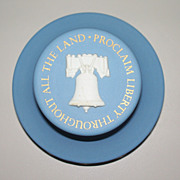 Wedgwood Liberty Bell  Desk Paper-Weight   circa 1976 Bi -Centennial