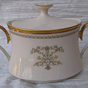 Lenox Castle Garden Sugar Bowl with Lid
