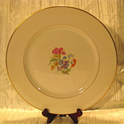 Royal Jackson Featherweight &quot;Glenda&quot; Dinner Plate