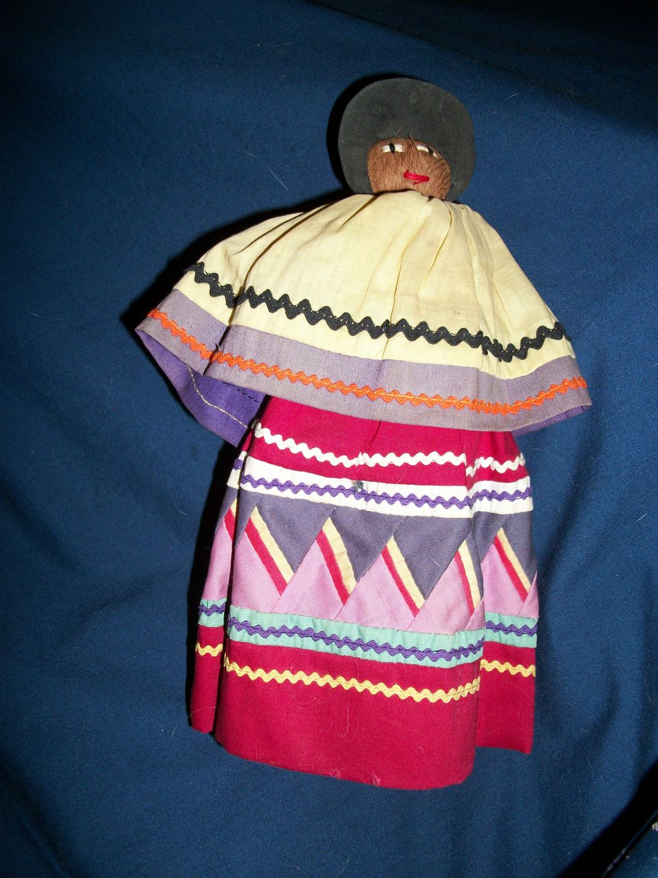 "Vintage Native American Indian 9"" Seminole Indian Doll free p&I US buyers"