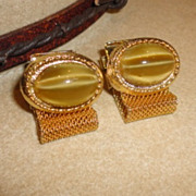 Vintage Art Glass Faux Tiger Eye Mesh Wrap Around Cufflinks