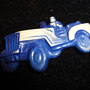 Rare Celluloid WWII Soldiers in Jeep Blue Toy Child's Pin