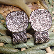 Vintage SWANK Silver Tone Modernist Mesh Wrap Around Cufflinks