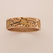 Antique Victorian Rose & Yellow 10K Gold Baby Ring w Engraved Leaves