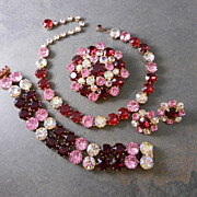 Vintage Red & Pink Rhinestone Grand Parure:  Necklace Bracelet Brooch Earrings, circa 1950s