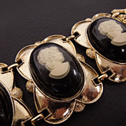 Vintage Chunky Lucite Encasement Cameo Bracelet, circa 1950s