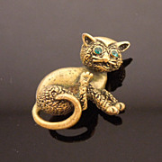 Crazy Scratchy Cat Pin with Green Stone Eye