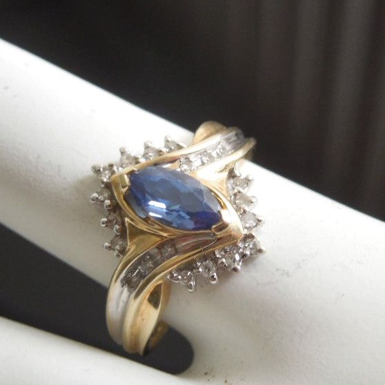 10K Gold Diamond & Tanzanite Marquise Estate Ring, size 7 1/4