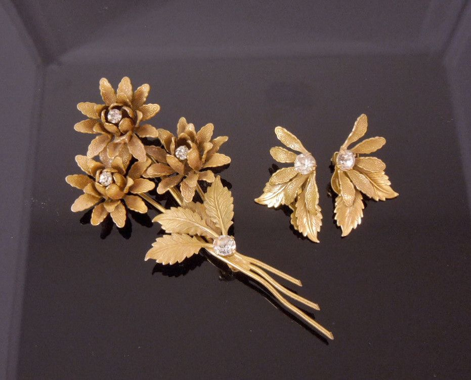 Early Miriam Haskell Flower Rhinestone Brooch & Earrings Set