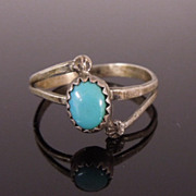 Estate Sterling Robin's Egg Blue Turquoise Ring, size 7 3/4