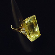 Womens Size 8 Ring Large Lemon Quartz Gem with 8 1.5mm Diamonds 18kt Gold
