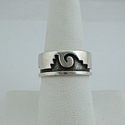"Hopi Elgene SEHONGVA Sterling Overlay ""Clouds Rain"" BAND RING sz 7, ca 1970's"