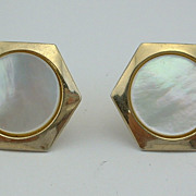 Vintage CUFFLINKS CUFF LINKS - Mother of Pearl Hexagons