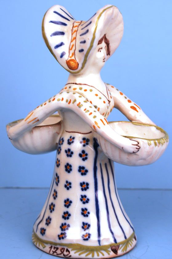 French Quimper Selier (Salt Cellar)