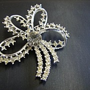 Clear Rhinestone Flower Pin