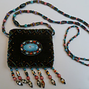1970�s Tiny Beaded Velvet Bag