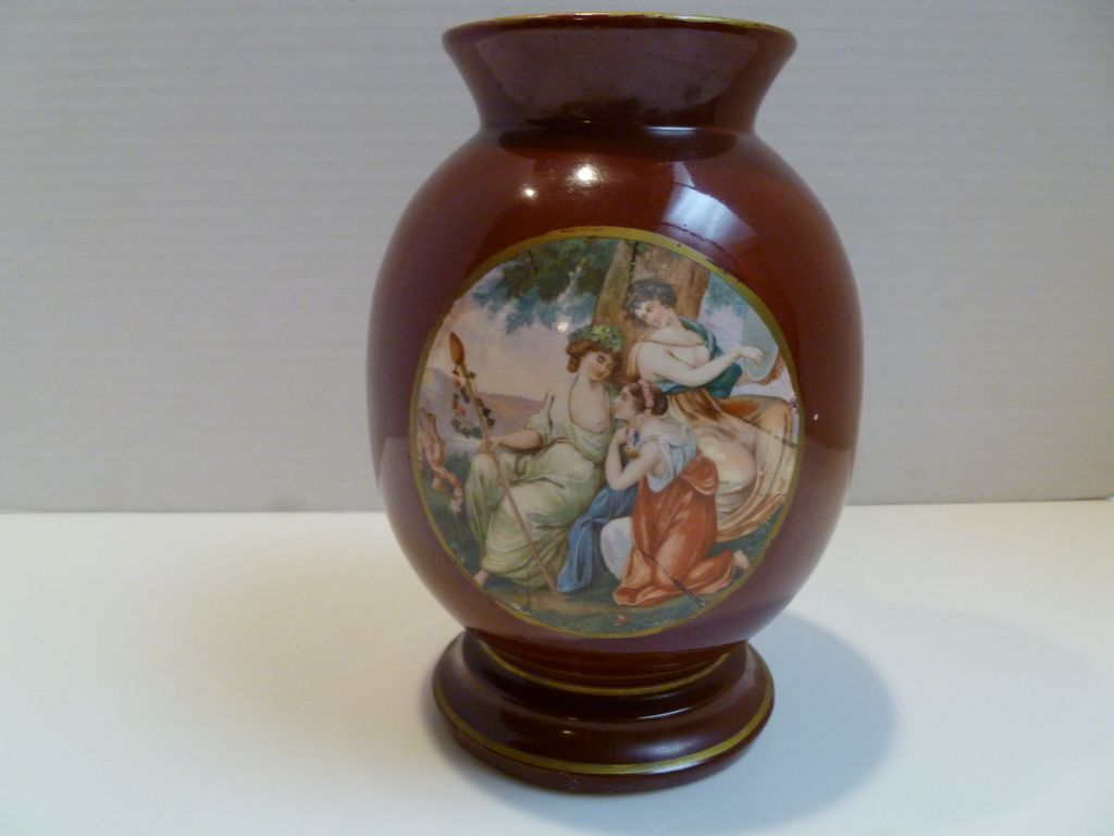 Rubenesque Women http://www.rubylane.com/item/738907-P143/German-Porcelain-Hand-Painted-Portrait