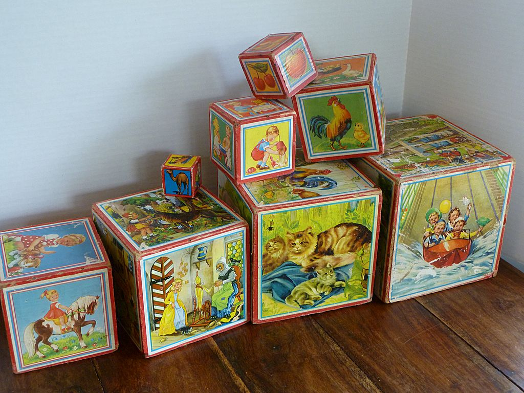 Vintage 1940 s wooden toy litho nesting blocks set from historique