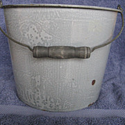 Mottled Gray Seamless Body Enamelware Bucket With Wood Bail Handle