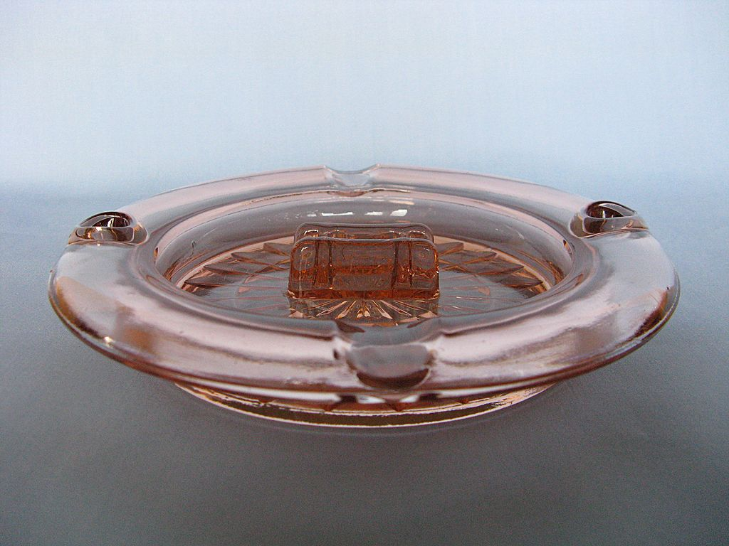 "Depression Glass Pink Windsor ""Windsor Diamond"" Ashtray"