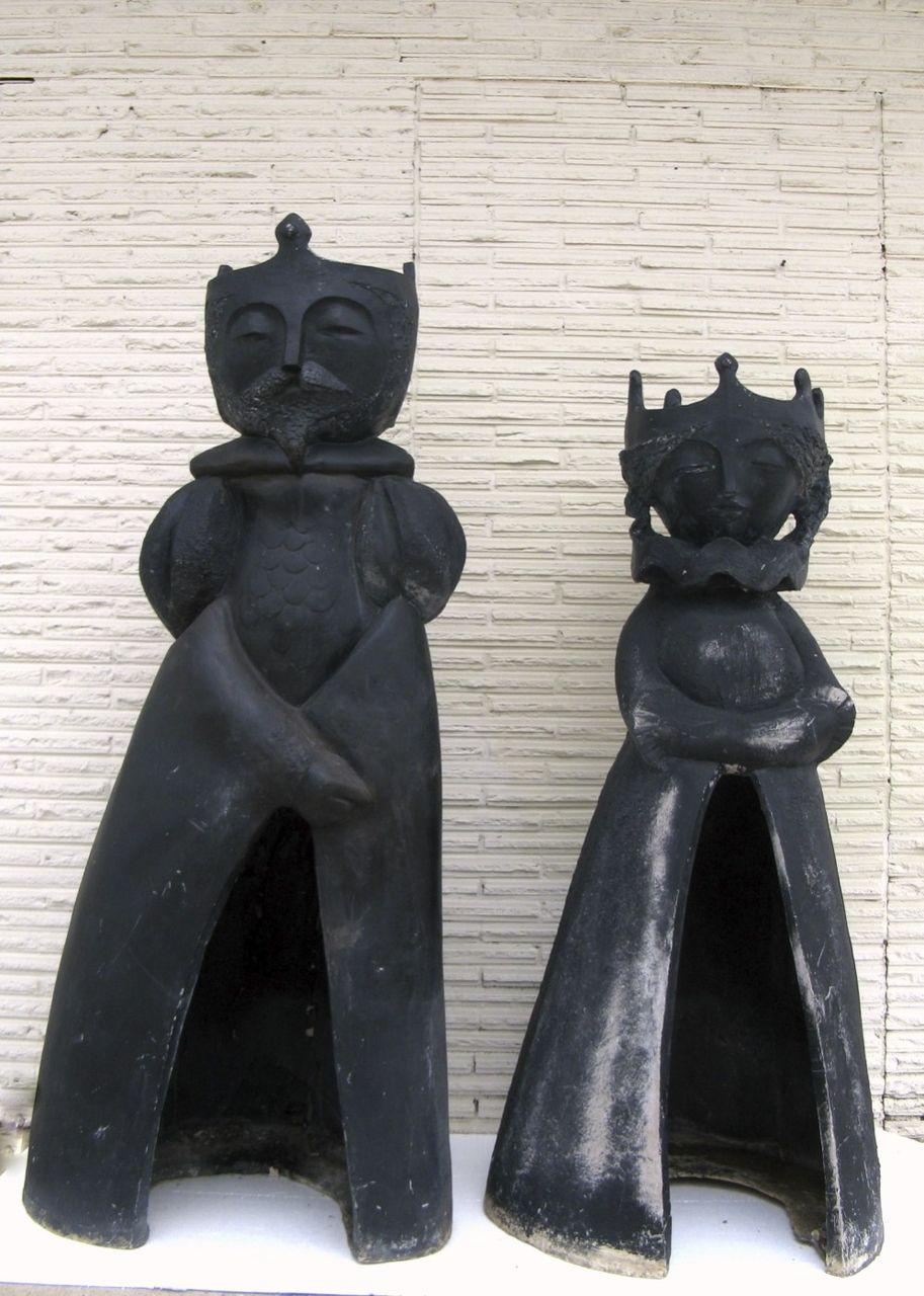 Life Size King Queen Chess Pieces