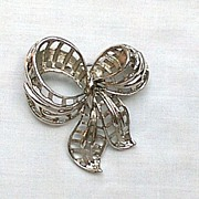 Signed Coro Silver Tone Bow Pin Brooch
