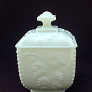 Westmoreland Beaded Grape Sugar Bowl & Lid Milk Glass 1884