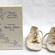 Vintage Trimfoot Baby Deer Shoes White Size 1 in Original Box 1950s
