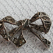 SALE Bow Tie Pin ~ Rhinestone Brooch/pin
