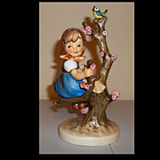 Hummel Figurine Apple Tree Girl TMK5