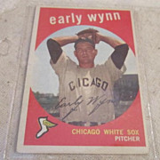 Vintage 1959 Topps Baseball Card Early Winn #260