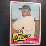 Vintage 1965 Topps Baseball Card Willie Stargell