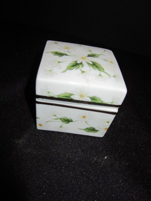 Lefton China Trinket box
