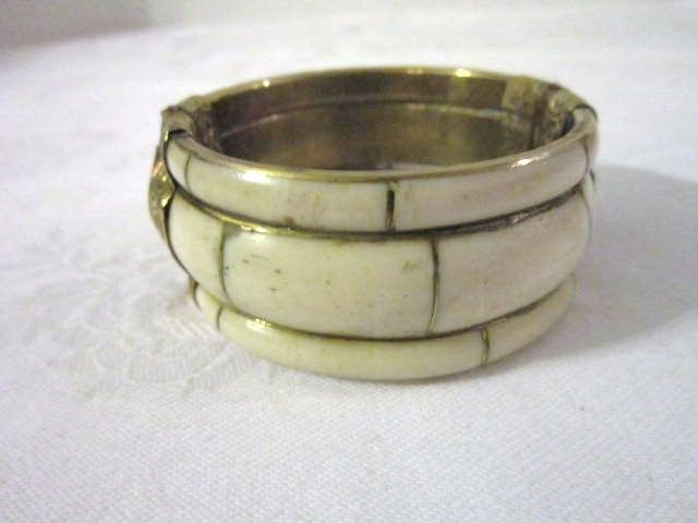 Vintage Bone, Hinged Bracelet