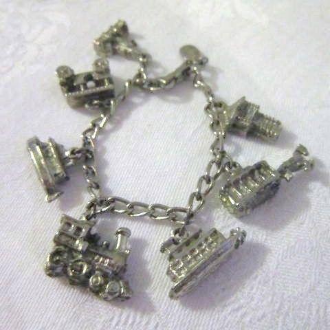 disneyland charm bracelet from somethingwonderful on ruby