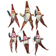 Chenille Clay Faced Santas Half -Doz