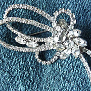 SALE Vintage 1950s Assymetrical Rhinestone Bow Loop Brooch Pin