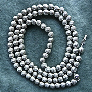 Vintage Glistening 1970's Sterling Silver Bead Necklace