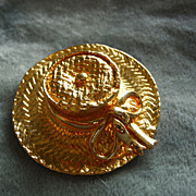 Vintage Bright Gold Tone Wide Brim Straw Hat Brooch