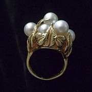 SALE Vintage Exotic Cultured Pearl Cluster 14 Karat Gold Hibiscus Leaves Ring