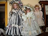 Suz Anteeks Dolls Curios Collectitbles