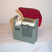 RONSON 260 Electric Razor with Leather and Plastic Case Ca 1960