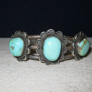 Vintage bracelet turquoise stones
