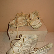 Vintage baby doll kid leather shoes crib
