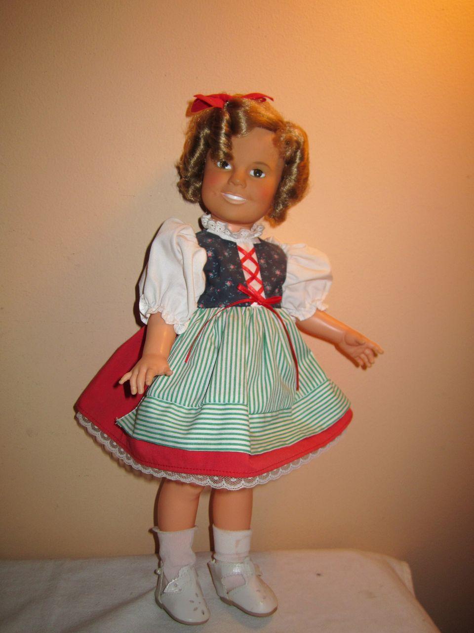 2293 1L jpgShirley Temple Heidi Doll