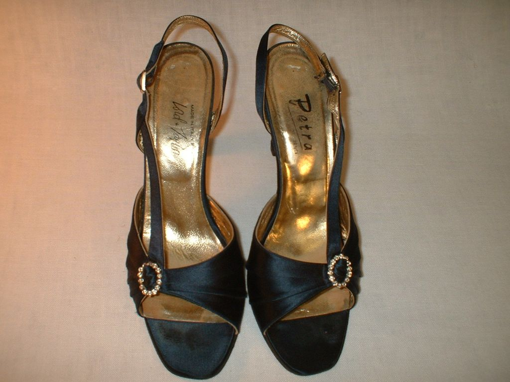 Lord and Taylor Blue Satin Evening Pumps 1980's