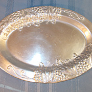 Wilton Aluminum Meat Platter with Grape Pattern